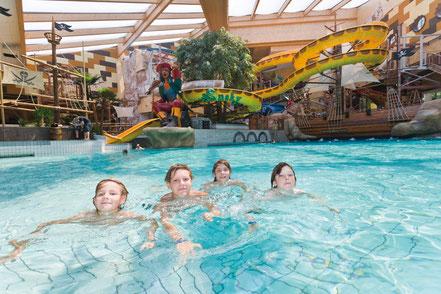 MAG Lifestyle Magazin online Urlaub Reisen Österreich Oberösterreich Bad Schallerbach Therme Piratenwelt Aquapulco Kinder