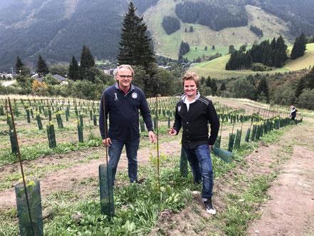 MAG Lifestyle Magazin Reisen Urlaub Reisen Österreich Weinberg Saalbach Hinterglemm Wein Skigebiet