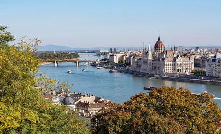 MAG Lifestyle Magazin Urlaub Reisen Donau Bootsurlaub Bootsverleih Bootsvermietung Yachtcharter Budapest