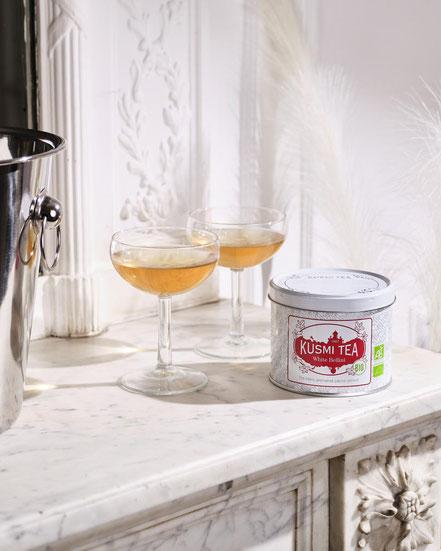 MAG Lifestyle Magazin Bio eleganter Tee Kusmi Tea White Bellini bio venezianischer Kultcocktail Cocktail