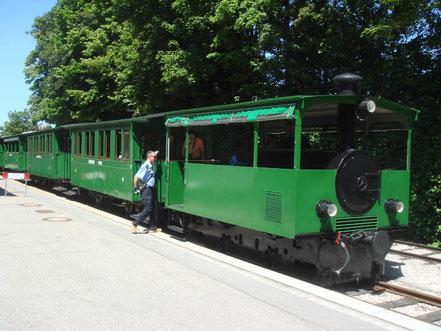 MAG Lifestyle Magazin Reisen Urlaub Deutschland Bayern Chiemsee Schloss Herrenchiemsee Schmalspurbahn Bockerlbahn Prien