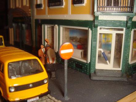 MAG Lifestyle Magazin Modellbahn Modellbahnen Traumorte Berge Meer verreisen Gedanken Vitrinen Modellbahndioramen Dioramen Diorama Stadt