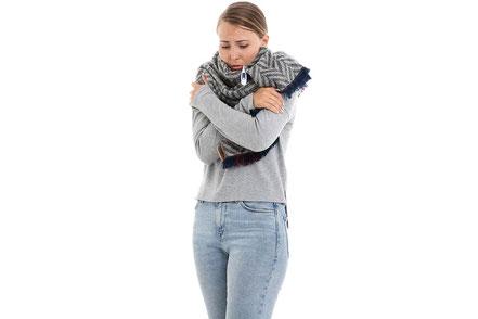 mag lifestyle magazin gesundheit shop apotheke reiseapotheke reisen urlaub Grundausstattung Erkältung Schmerztabletten
