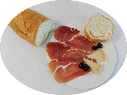 MAG Lifestyle Magazin Urlaub Reisen Kroatien Dalmatien kulinarische Speziallitäten Weissbrot Weißbrot bijeli kruh Bäckerei Brotspezialitäten