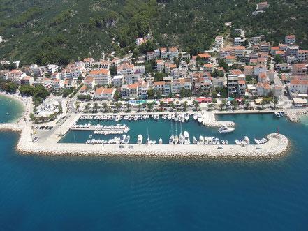 MAG Lifestyle Magazin Kroatien Dalmatien Tucepi Ort Ortsmitte Marina
