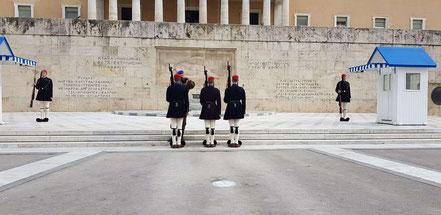MAG Lifestyle Magazin Urlaub Reisen Reisebericht Cornelia Singer Griechenland Athen