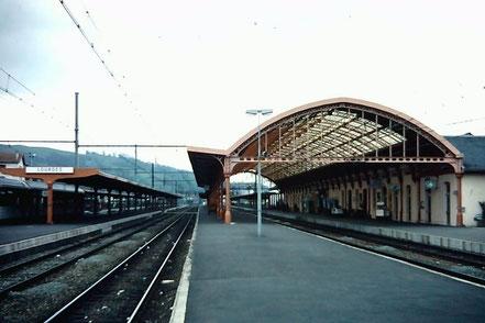 MAG Lifestyle Magazin Reisen Urlaub Bahnreisen Europa Züge Eisenbahn Frankreich Lourdes Pilgerreisen 80er Jahre vor Corona Coronakrise