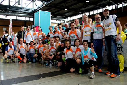vor dem Start des Freiburg Marathon