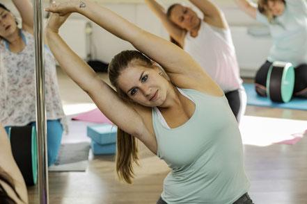 Yogawheel lessen en online live stream lessen in Nederland