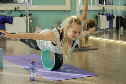 Yogawheel lessen en online livestream lessen