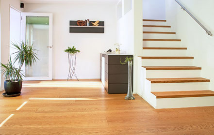 Bild: Gesamtumbau Bodenbelag Treppe