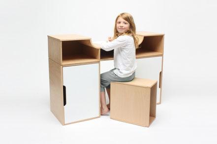 KINDGERECHT-Schrebitisch-multifunktionales Möbel