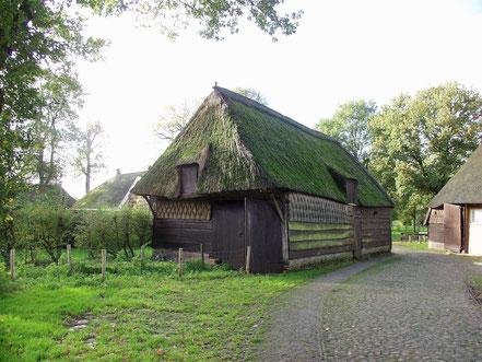 De fraaie schaapskooi dateert al uit ca. 1658.