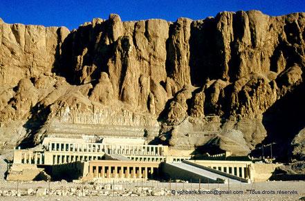 Egypte - Thèbes - Deir el-Bahari : Temple d'Hatchepsout