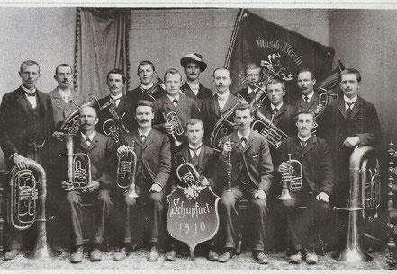 Stolze Musikanten von 1910