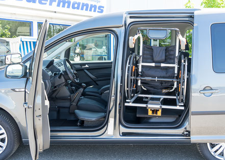 VW Caddy Rollstuhlverladesystem