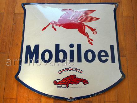 Emailschild Mobiloel Gargoyle im unrestauriertem Originalzustand.