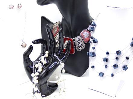 parure de bijoux femme collier boucle doreille et pendentif
