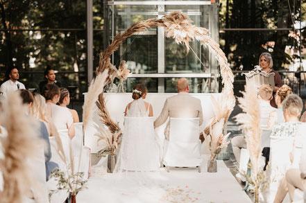 Freie Trauung NRW Köln Sauerland Hochzeit Liebe Traurednerin Lena Reichel wort.zart
