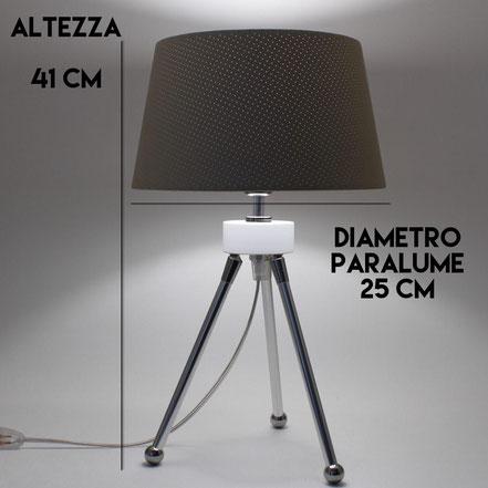 DIMENSIONI LAMPADA TREPPIEDE DA COMODINO MOD. LANDER