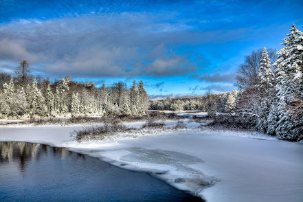 December Snow at the Green Bridge - ADKW001