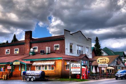 Walt's Diner & Billy's Restaurant - Old Forge, NY - ADKO015