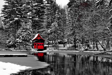 The Red Boathouse -  Old Forge, New York - ADKO004