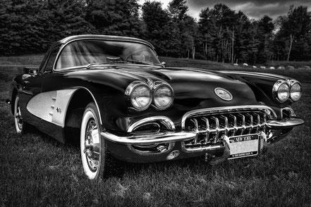 1960 Chevy Corvette - MCCC002