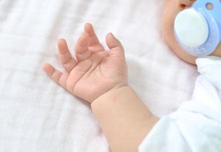 Babykurse, Babymassage, Babyzeichensprache, PEKIP, ELBA, Babyturnen, Babygebärdensprache, Krabbelgruppe, FABEL Kurs, Kleine Füße- Große Töne, Hückelhoven, Erkelenz, Wegberg, Heinsberg