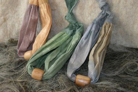 genähte Baumwollketten mit Holzperlen- gedrechselt aus Kirschholz, handgefertigt