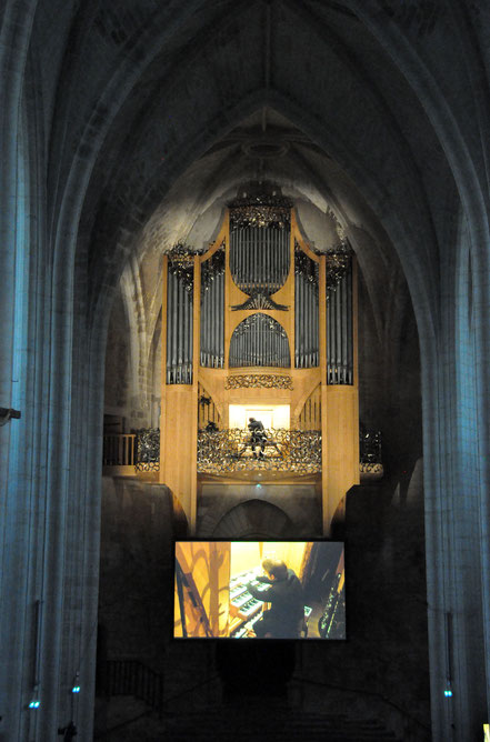 Olivier Houette au grand-orgue (photo R. Robin)