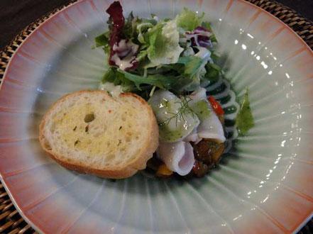 夏野菜のラタトゥイユと水蛸のガトー仕立て