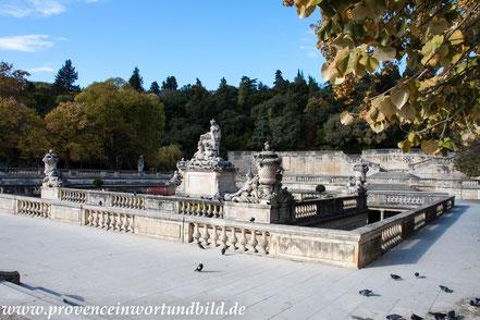 Bild: Jardines de la Fontaine in Nimes