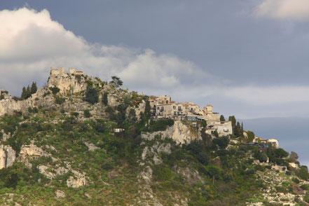 Bild: Èze von der Corniche Moyenne zwischen Nice und Monaco