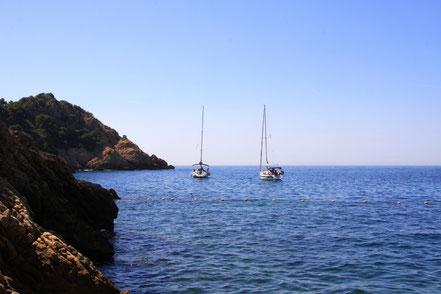 Bild: Die Bucht von Petit Méjean mit Blick zum Cap, Côte Bleu