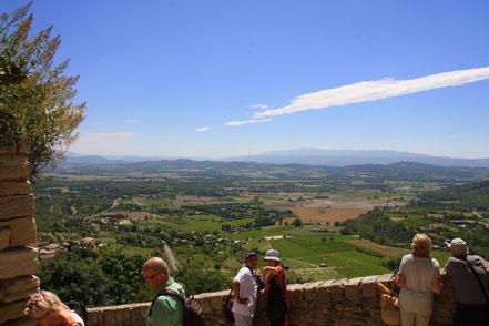 Bild: Gordes Aussichtsterrasse in der Nähe von Caves du Palais St. Firmin