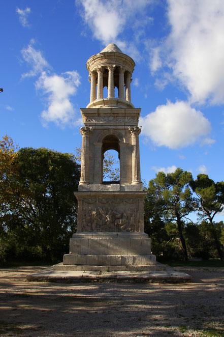 Bild: Mausoleum in St-Rémy-de-Provence