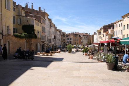 Bild: Place des Cardeurs, Aix-en-Provence