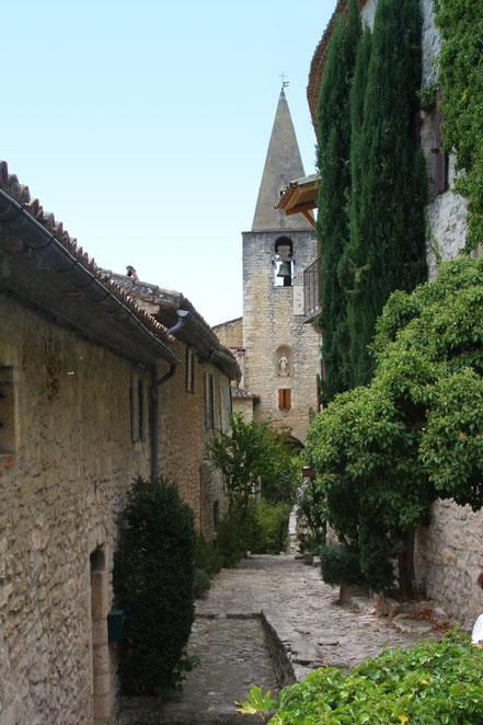 Bild: Kirchturm von Saint-Sauveur-et-Saint-Sixte, Crestet