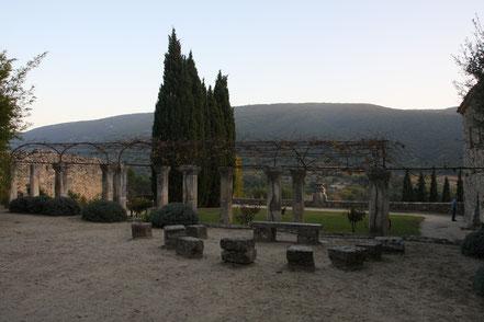 Bild: Garten der Abbaye St.-Hilaire bei Ménerbes