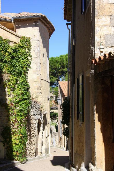 Bild: Straße in Venasque