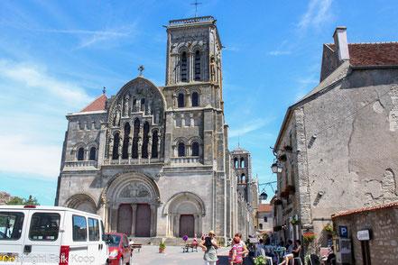 Bild: Basilika Sainte-Marie-Madeleine in Vézelay