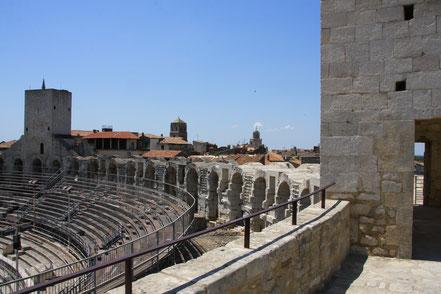 Bild: Amphitheater, Arles, Provence