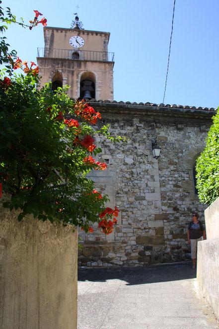 Bild: Sablet mit Kirche Saint-Nazaire