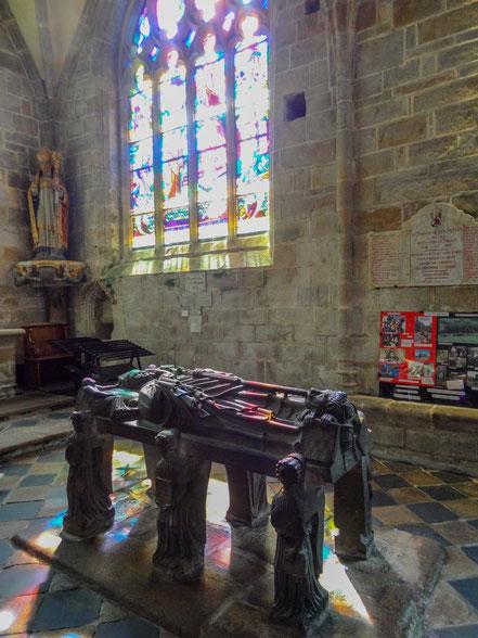 Bild: Église Saint-Ronan in Locronan in der Bretagne