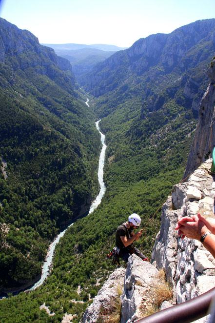 Bild: Kletterer an den Steilwänden im Gorges du Verdon