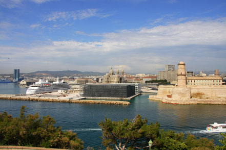 Bild: Marseille mit Fort Saint-Hean und Musée d´Histoire de Marseille