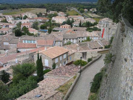 Bild: Blick auf das Dorf Grignan
