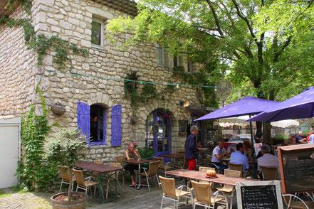 Bild: Restaurant in der Provence