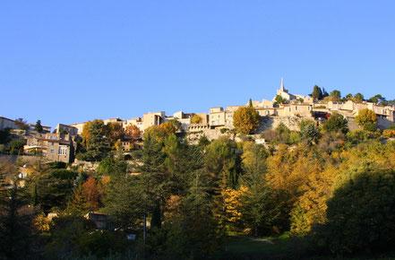 Bild: Bonnieux im Herbst